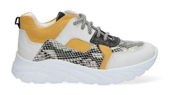 Sneaker met dikkere zool okerkleurige, witte en zwarte tinten met slangeprint