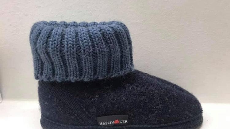 Antraciet pantoffel met blauwe rand