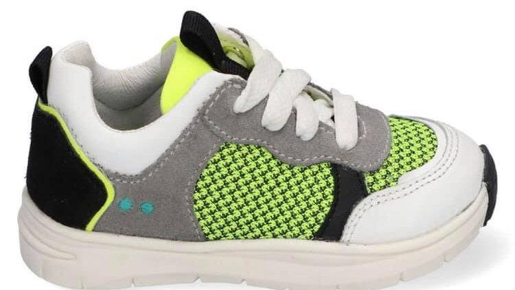 vetersneaker met wit,grijs, zwart en fluogeel dikkere zool
