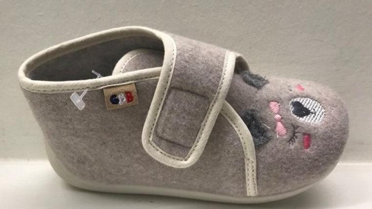 Beige pantoffel velcro antracietkleurige oortjes en roze strikje