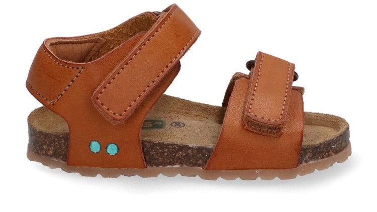 Cognackleurig sandaaltje met velcro