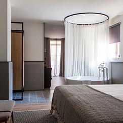 Junior suite con bañera.jpg