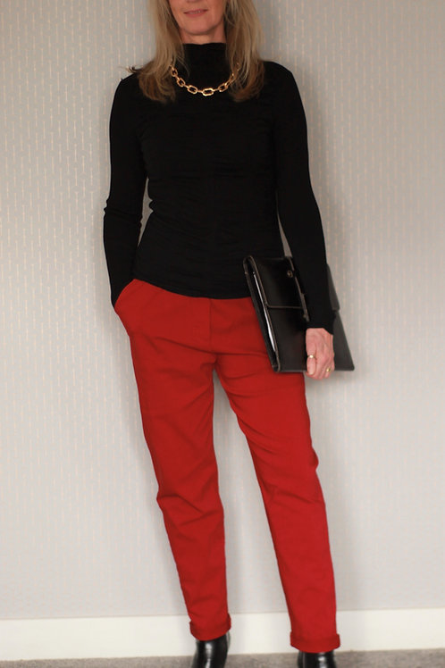 Ruffle Fitted Rollneck Body Top