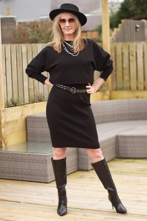 2 Piece Jumper Dress Black with Oversized Cropped Top