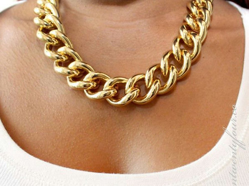 Gold Large Chunky Short Chain Neclkace