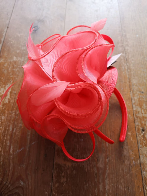 Puff ball Fascinator