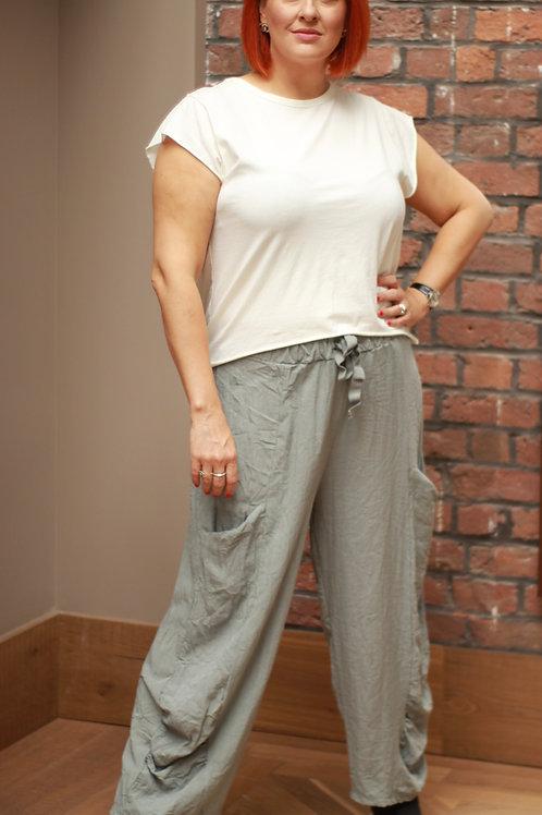 Wide legged side pocket linen trousers