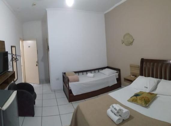 suite 17 01.jpeg