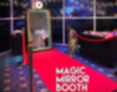 magic-mirror-booth-miami-copy_edited.jpg