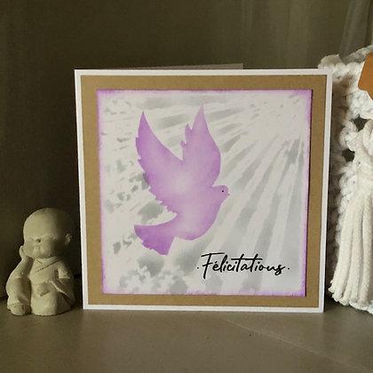 Carte ''Félicitations'' avec colombe, dans les tons violets