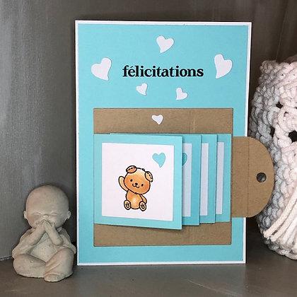 Carte ''Félicitations, coucou bébé'' avec 4 petits volets