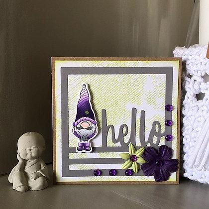 Carte ''Hello'' avec lutin, dans les tons violets-verts