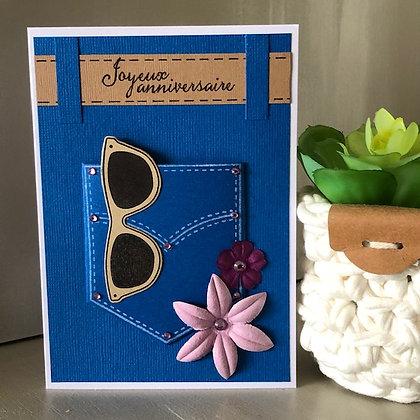 Carte ''Joyeux anniversaire'' avec pochette et 2 fleurs roses-violettes