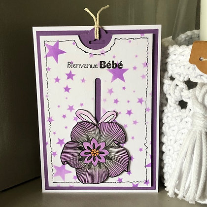 Carte à tirette ''Bienvenue Bébé'' dans les tons roses-violets