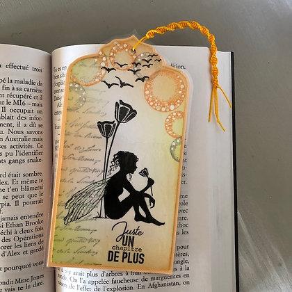 Marque page ''Juste un chapitre de plus'' dans les tons oranges