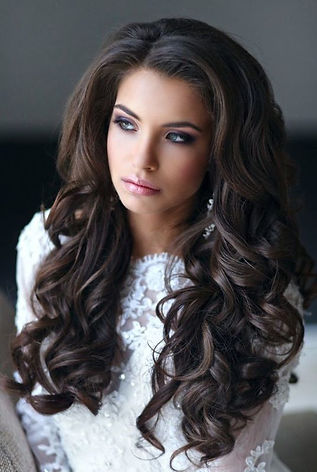 wedding-hairstyle-down-in-curls.jpg