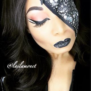 Zipper Glam (Creative Makeup)