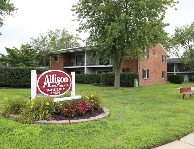Allison Apartments Sign-5.jpg