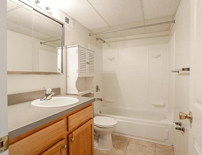 Allison Bathroom2.jpg