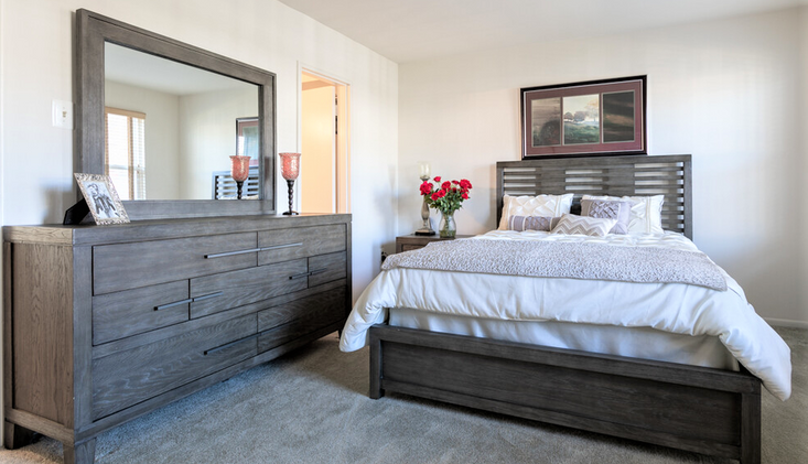 RR Bedroom.png