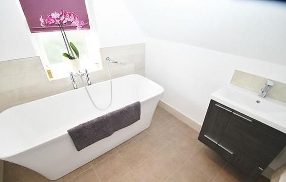 Moorwood Joinery bathroom