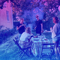 Meet outside for a picnic