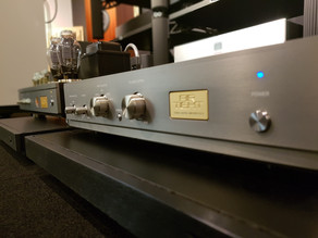 AirTight ATC-5 PreAmplifier with ATM-300R Stereo Power Amplifier