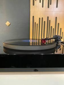 Audio Note TT-2 Deluxe Turntable
