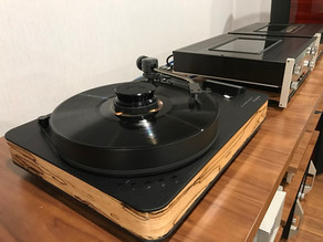 Customer's bought our Dr. Feickert Woodpecker Turntable, Ortofon A95 MC Cartridge and TA-110 T