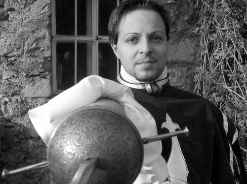 Portrait eines Fechters mit einem spanischen Glockenrapier.