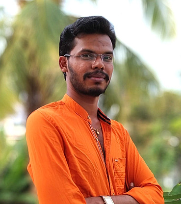 Vivek_edited.jpg