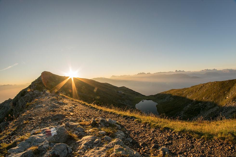 sunrise-1703866.jpg