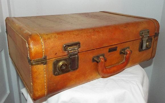 4710 Petite valise en cuir