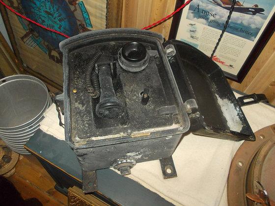 4151 Ancien téléphone de bateau tres rare