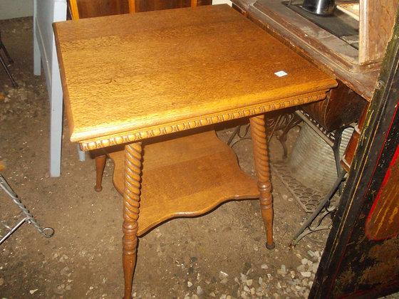 3102 Table en chene