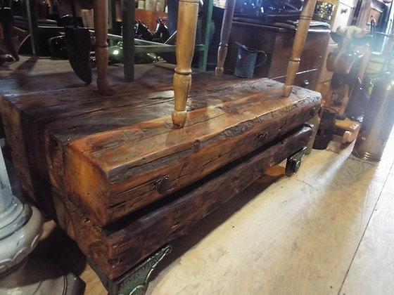3595 Table rustique
