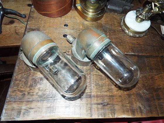 5116 Lampe de bateau en brass