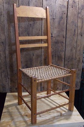 3117  Chaise en babiche parfaite condition