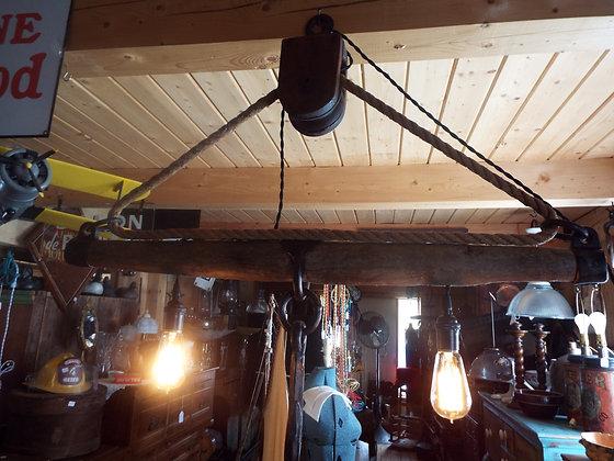 5078 Luminaire industriel avec poulie