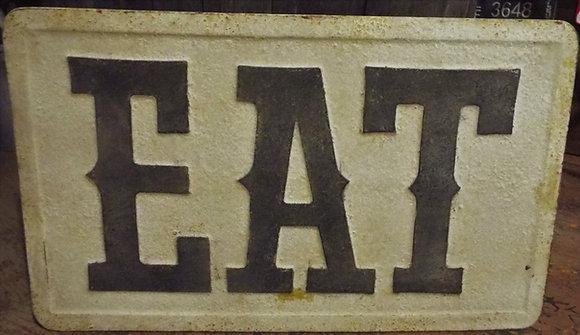 7867 Enseigne métal EAT