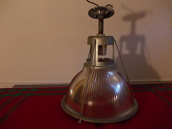 5052  Lampe industriel