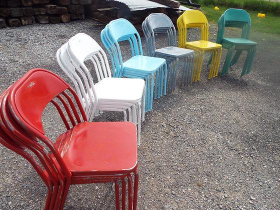 3590 Chaise en métal année 50