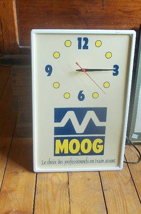 6052 Horloge Moog  neuve agé de 25 ans