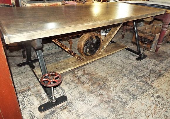 3709 Magnifique table industrielle