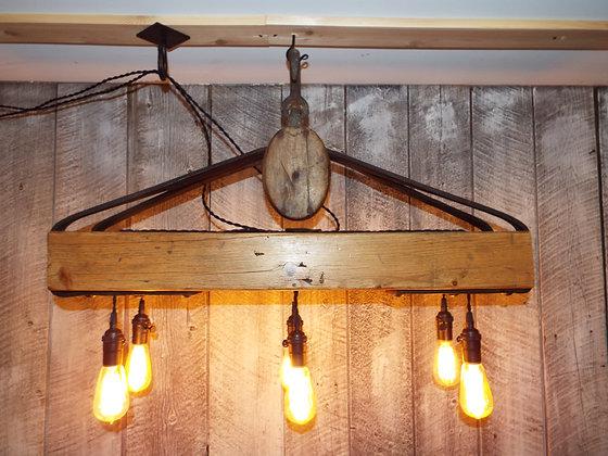5165 Luminaire rustique