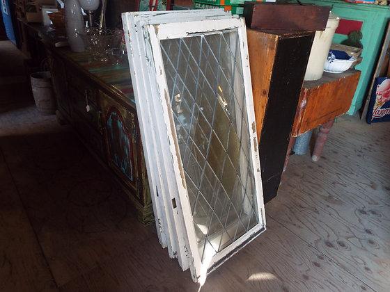 4431 Fenêtre vitrail bombé