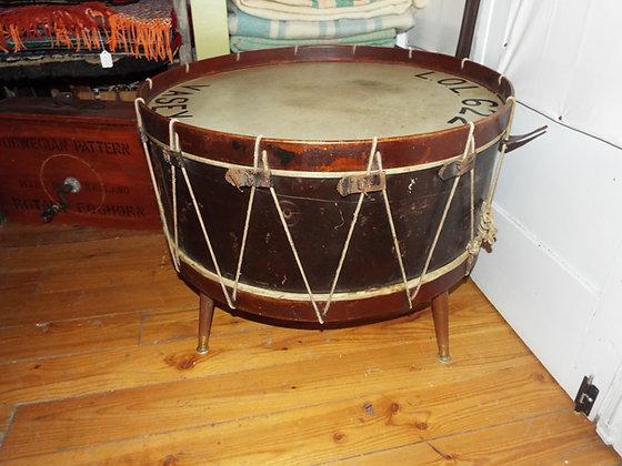 3679 Table tambour circa 1910