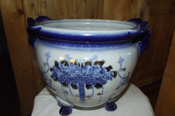 8132 Cache pot flow blue