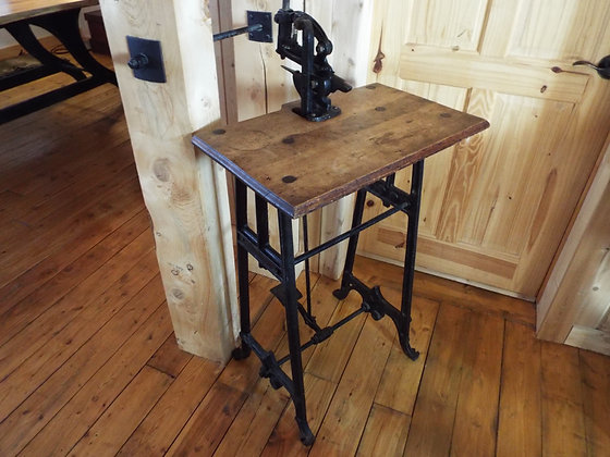 3676 Table industrielle