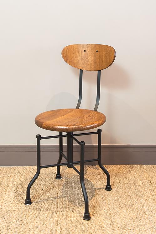 Chaise d'atelier en chêne